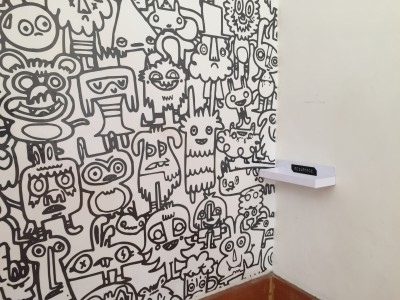 colouring in wallpaper - school