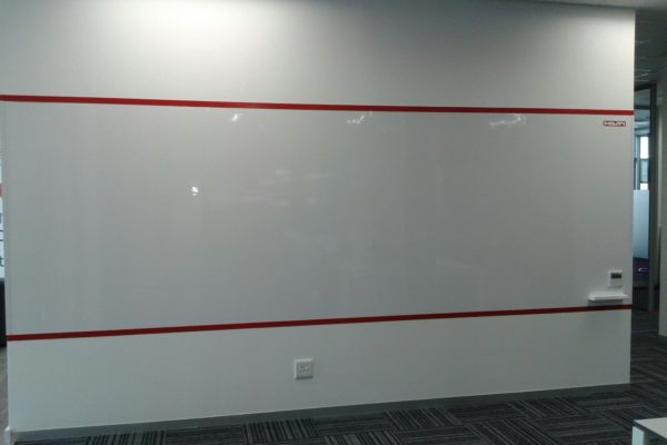 Writable magnetic whiteboard wonderwall - Hilti