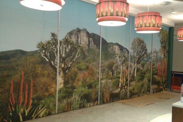 Printed graphic wallpaper mural